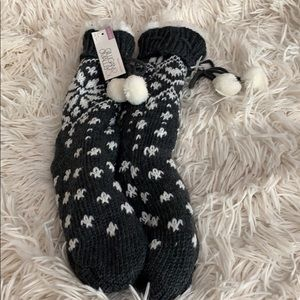 New, never worn fuzzy slipper socks